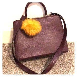 Maroon everyday shoulder bag!